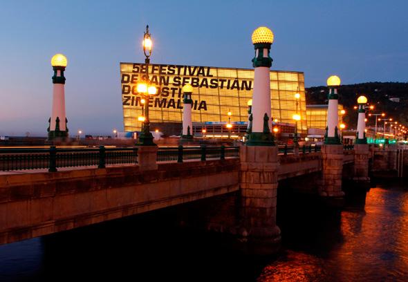 Das spanische San Sebastian - hier ein Blick auf den Kongresssaal - rückt 2016 als Europas Kulturhauptstadt in den internationalen Fokus.