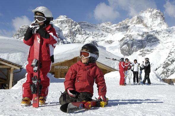 Das Hochpustertal bietet traditionell Skivergnügen für die ganze Familie. (Foto H. Rier)