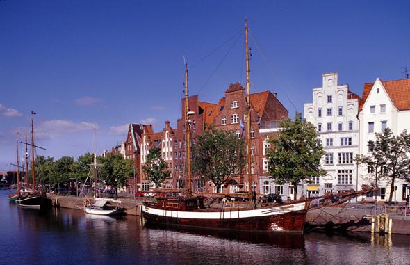 Lohnendes Ausflugsziel: Der Museumshafen in Lübeck. (foto LTM)