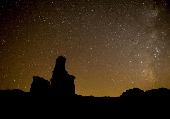 Palo Duro - Famose Gesteinsformationen im Sternlicht. (Fotos Chase A. Fountain/TPWD)