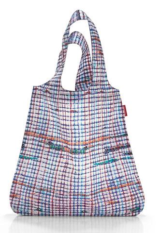 Der Mini-Maxi-Shopper ist eine perfekte Ergänzung zum Rucksack.