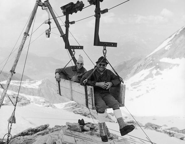 Ungeachtet der guten Laune der Arbeiter war die hochalpine Baustelle am Kitzsteinhorn kein Zuckerschlecken. (Foto Kitzsteinhorn)