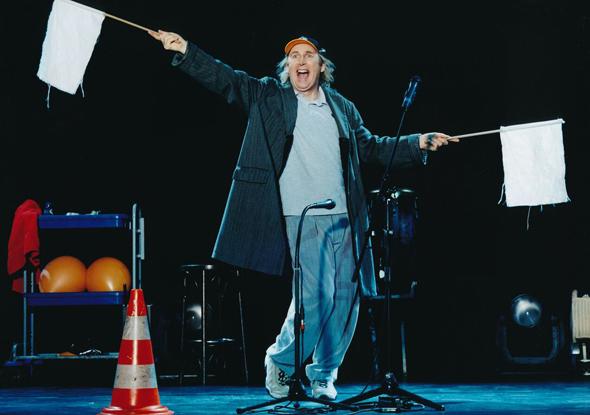 Der ostfriesische Blödelbarde Otto begeistert seit fünf Jahrzehnten die Massen. (Fotos Edel:Motion)