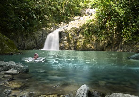 Herrliches Badeparadies auf Tobago: der Argyle Wasserfall. (Foto TDC)