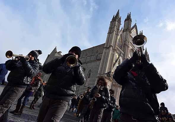 Auch auf den Straßen von Orvieto erklingt der Jazz. (Fotos Umbria Jazz)