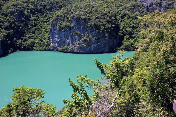 Der mit Meerwasser gespseiste Emerald Lake auf Mae Koh. (Foto Karsten-Thilo Raab)