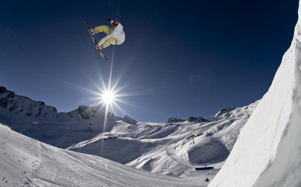 Seit mittlerweile 50 Jahren begeistert das Kitzsteinhorn die Wintersportler. (Foto Roland Haschka)