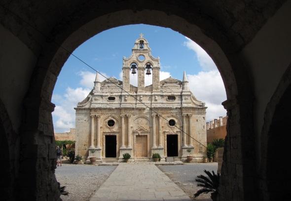 Eines der vielen lohnenden Ziele auf Kreta: das Kloster Arkadi. (Foto Annamartha/Pixelio)
