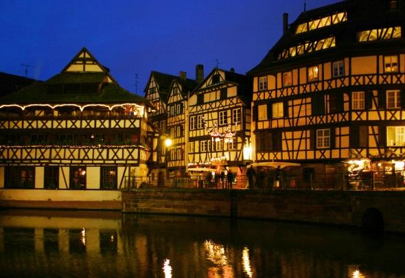 Das wohl schönste Viertel von Straßburg: Petite France mit seinen windschiefen Fachwerkhäusern. (Foto Karsten-Thilo Raab)