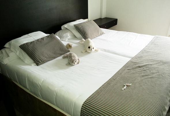 Die großzügigen Apartments verfügen über separate Schlafzimmer. (Foto Karsten-Thilo Raab)