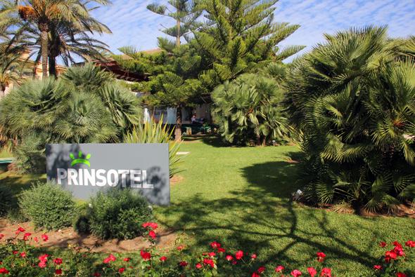 Das Prinsotel La Dorada besticht nicht nur durch seine Poollandschaft, sondern auch durch die gepflegten Gärten. (Foto Karsten-Thilo Raab)