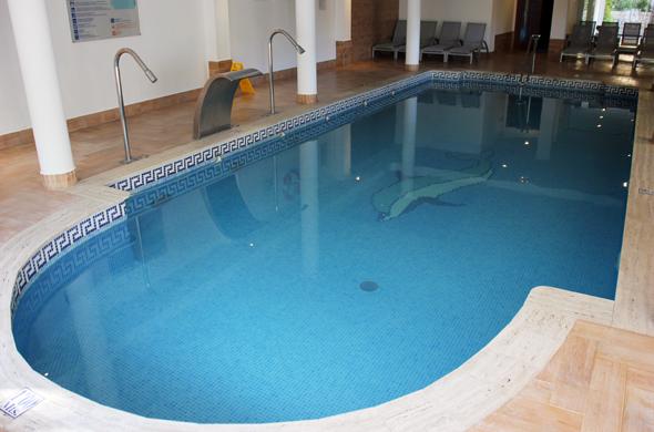 Die Alternative zum Pool: das Hallenbad im Spa-Bereich. (Foto Karsten-Thilo Raab)