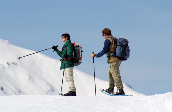 Schneeschuhwandern ist vom Bewegungsablauf intuitiv und leicht erlernbar. (Foto Karsten-Thilo Raab)