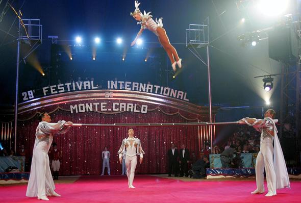Tiere, Menschen, Sensationen gehören beim Zirkus-Festival zum Programm.