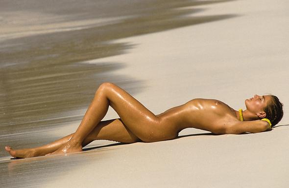 Südafrikas erster, 500 Meter langer FKK-Strand öffnete Anfang 2015 am Trafalgar Beach im Mpenjati Reservat.