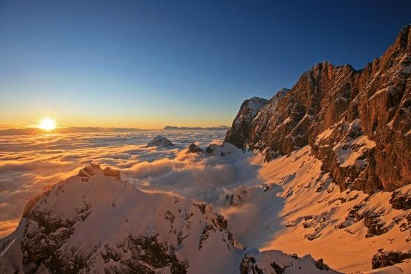 Traimhafte An- und Aussichten garantiert die Bergwelt der Steiermark den Winterwanderern.