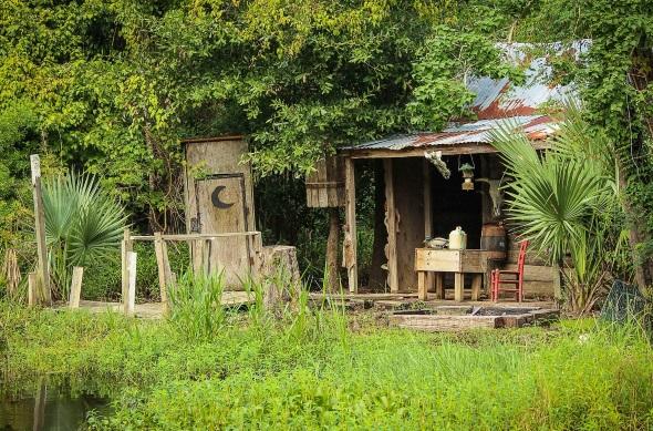Eine typische Cajun-Hütte in Louisiana.