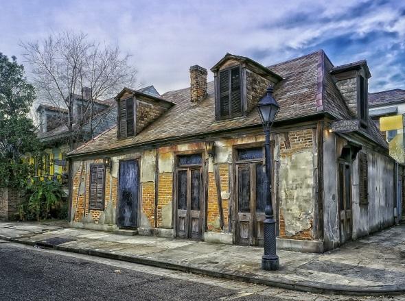 Die historische Lafittes Schmiede in New Orleans.