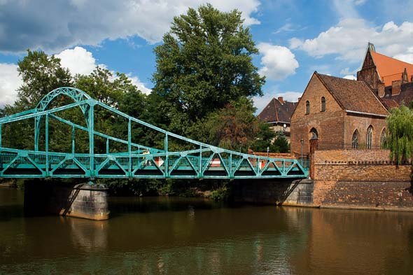 Mit seiner Stadtarchirektur und dem großen Kulturprogramm hofft Breslau eine Brücke zu Menschen in aller Welt zu schlagen.