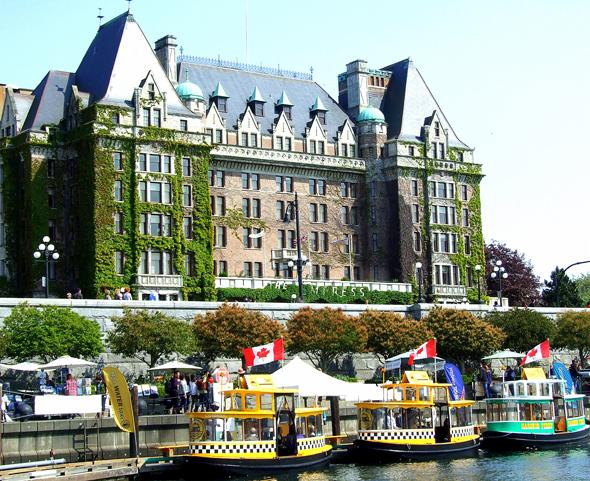 Ein Muss: Afternoon Tea im Empress Hotel von Victoria, Vancouver Island. (Foto Katharina Büttel)