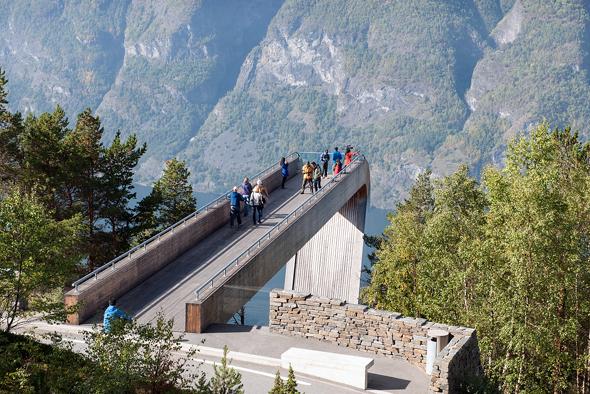 Hervorragende An- und Aussichten sind am Stegasteinen garantiert. (Foto Jiri Havran)