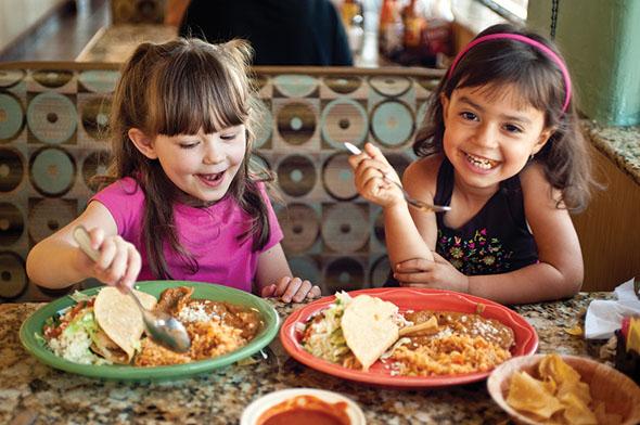 Auch die Gaumen der Kleinen erfreuen sich an den kulinarischen Genüssen in Tucson. (Fotos Arizona Office of Tourism)