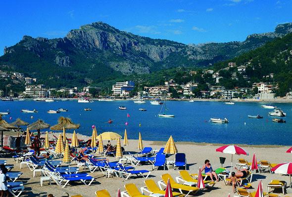 Insel-Glückseeligkeit auf Mallorca: der Strand von Sóller. (Foto Turespaña)