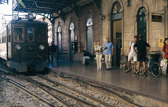 Von Palma geht es mit dem Zug gemütlich nach (Foto Turespaña)