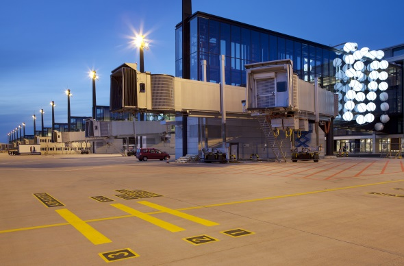 Bereits im Jahre 2012 sollte eigentlich die Fertigstellung des neuen Flughafens Berlin Brandenburg erfolgen. (Foto Alexander Obst/Marion Schmieding, Flughafen Berlin Brandenburg GmbH)