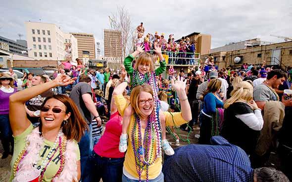 Beim Mardi Gras scheint die gute Laune ansteckend. (Foto Visit Baton Rouge)