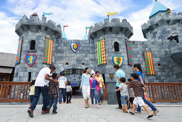 Träume aus kleinen Steinen werden im neuen Legoland in Dubai wahr.