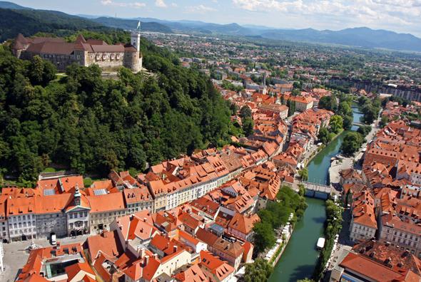 Blick auf Sloweniens chamrmante Hauptstadt aus der Vogelperspektive. (Foto P. Hieng)