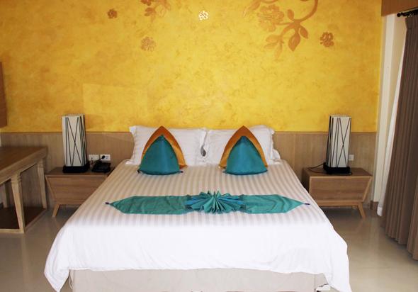 Die Zimmer bestechen durch eine Mischung aus Schlichheit, Moderne und thailändischen Einflüssen. (Foto Karsten-Thilo Raab)