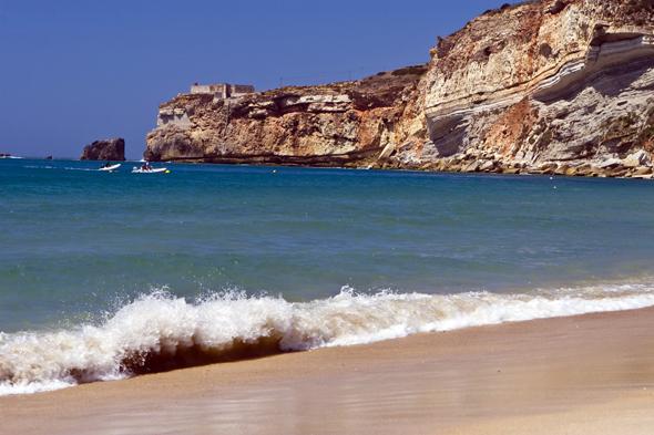 Traumhaft schön ist der Küstenabschnitt bei Nazare.