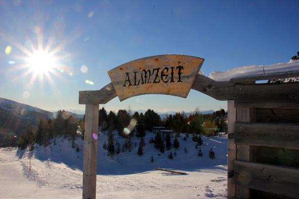 Auf der Amzeit-Hütte wartet auf die Frühaufsteher ein leckeres Frühstücksbuffet. (Foto Karsten-Thilo Raab)