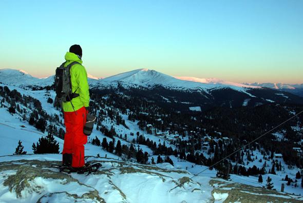 Vom Gipfelkreuz bietet sich ein herrlicher Panoramablick auf das Skigebiet der Turracher Höhe. (Foto Karsten-Thilo Raab)