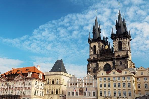 Zentraler Platz in der Prager City und beliebter Treffpunkt ist der Altstädter Ring