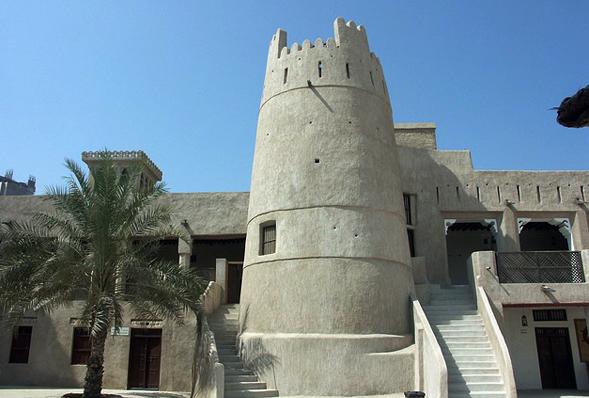 In der historischen Altstadt finden sich zahlreiche beeindruckende Paläste und Gebäude.