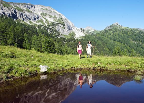 Wunderbar wanderbar sind Österreichs Wanderdörfer - wie hier in der Region Altenmarkt-Zauchensee. (Foto Altenmarkt-Zauchsee-Tourismus)