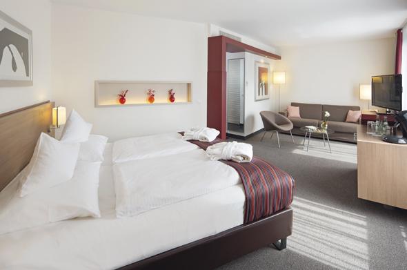 Überaus großzügig geschnitten sind die Junior Suiten im Mövenpick Hotel in Münster. (Foto Mövenpick)