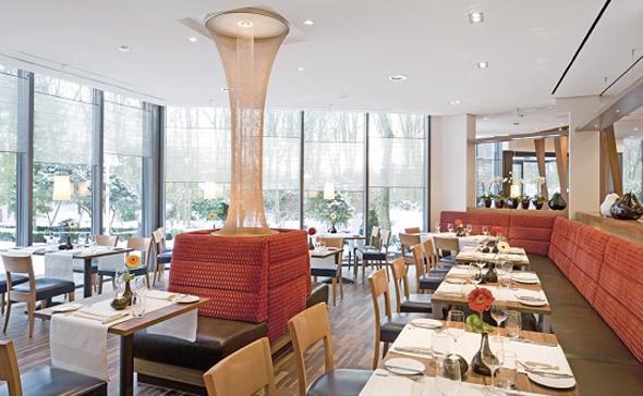 Im Mövenpick Restaurant können Gäste zwischen á la Carte Menü und Buffet wählen. (Foto Mövenpick)