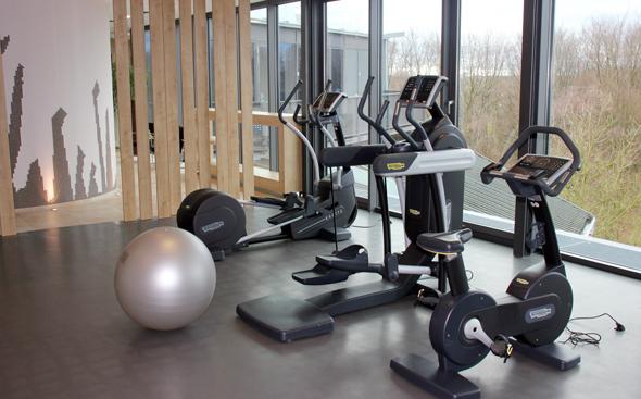 Im sechsten Stock finden sich Fitnessräume und die der Wellnessbereich. (Foto Karsten-Thilo Raab)