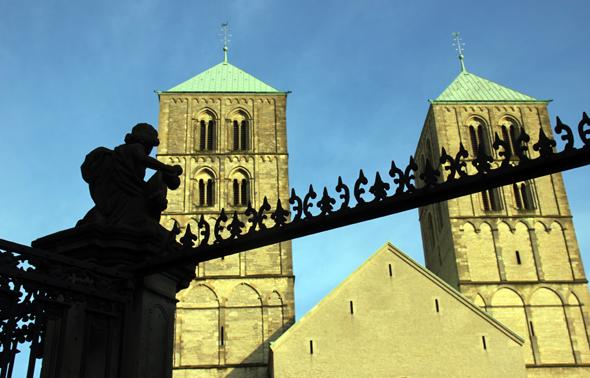 Religiöses Herzstück des Bistums und Wahrzeichen von Münster: der St.-Paulus-Dom. (Foto Karsten-Thilo Raab)