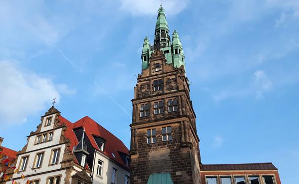 Markant und telegen: der Stadthaus-Turm, der in zahlreichen Tatort-Folgen in Szene gesetzt wurde. (Foto Karsten-Thilo Raab)