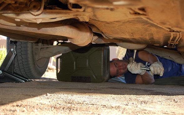 Wie bei jeder Rallye ist auch in Westafrika die eine oder andere Panne nicht ausgeschlossen.