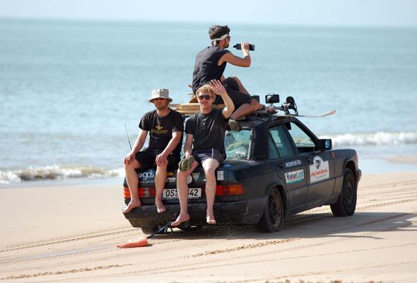 An einigen Strandabschnitten in Westafrika geht es schon mal etwas relaxter für die Teilnehmer zu.