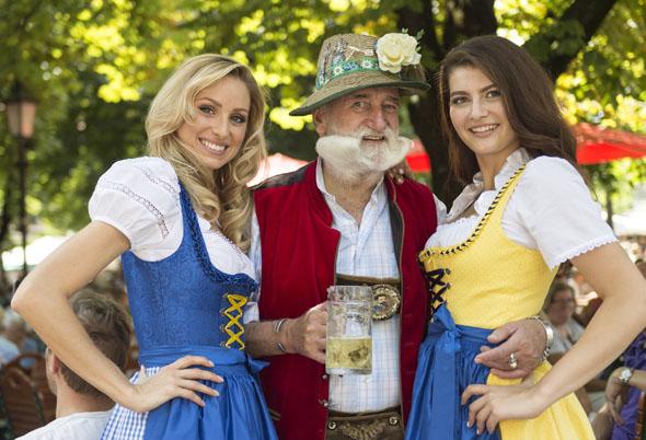 Urbayerisch geht es 2016 nicht nur in den vielen Biergärten des Landes zu. (Foto Bayern Tourismus)
