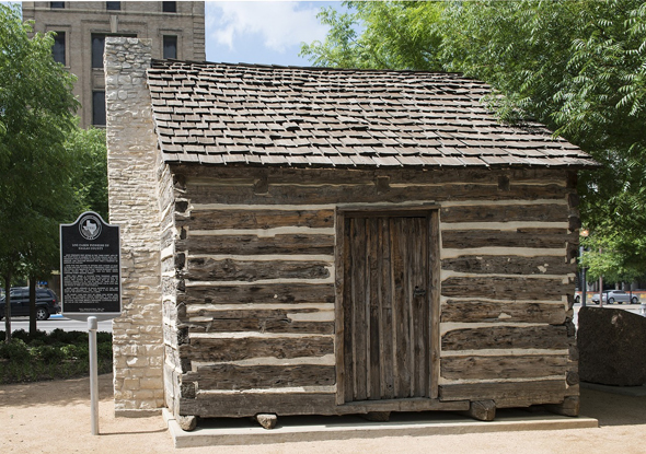 Kleinod im Herzen von Dallas: eine historische Blockhütte.