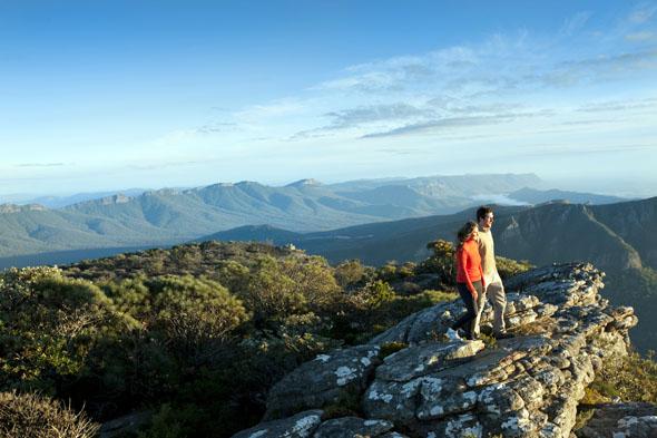 Der neu eröffnete Grampians Peak Trail führt auch hinauf zum Mount William Boronia Peak.