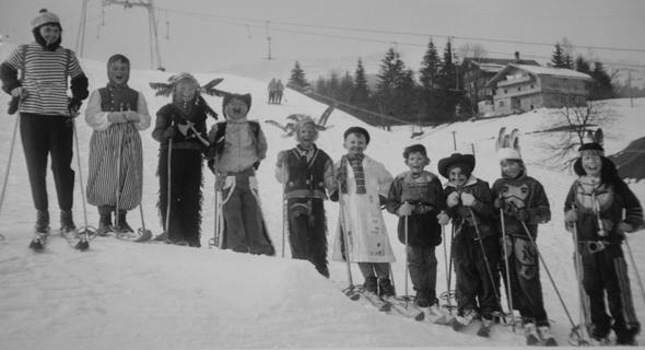 Mit Skilehrer Hans ging es vor fünf Jahrzehnten auf die Piste.